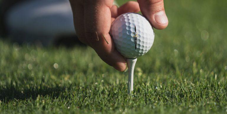pegga med golfpegg