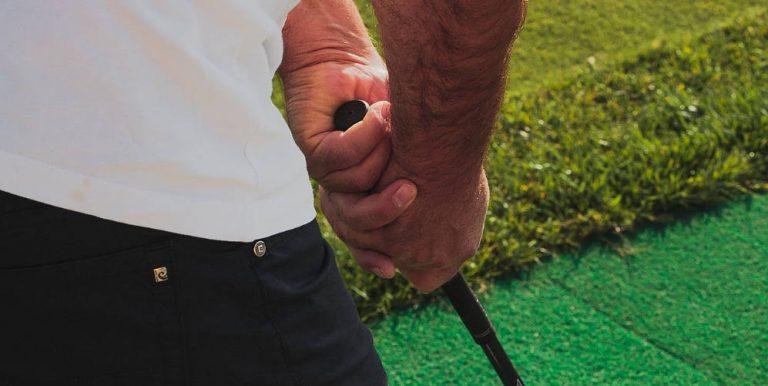 greppa om golfklubbor
